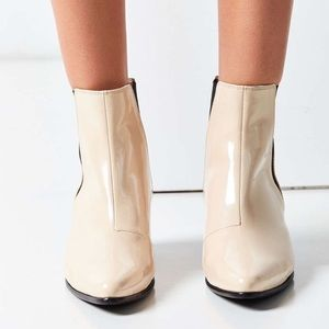 Brand New - Faux Patent Leather Pola Chelsea Boot